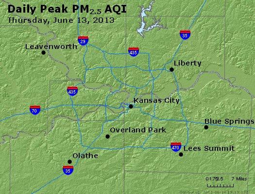 Peak Particles PM<sub>2.5</sub> (24-hour) - http://files.airnowtech.org/airnow/2013/20130613/peak_pm25_kansascity_mo.jpg