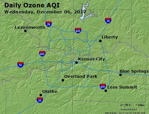 Peak Ozone (8-hour) - https://files.airnowtech.org/airnow/2017/20171206/peak_o3_kansascity_mo.jpg